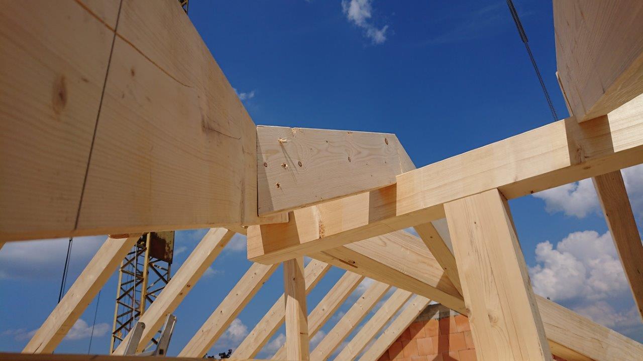Dachstuhl von LEINS HAOLZBAU in Hirrlingen | Zimmerei und Innenausbau