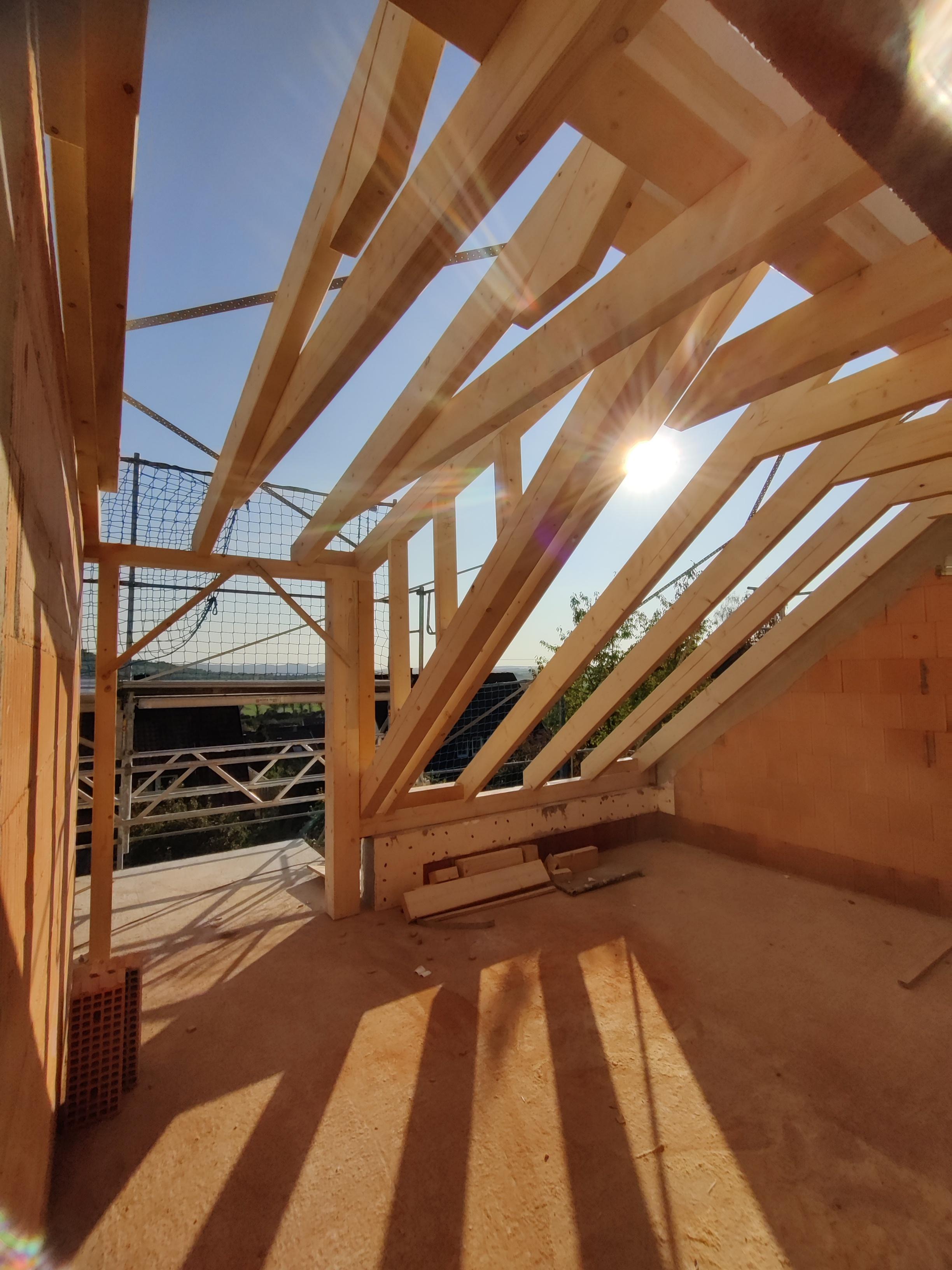 Dachstuhl von LEINS HAOLZBAU in Unterjessingen | Zimmerei und Innenausbau